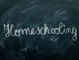 Homeschooling written in chalk on a chalk board